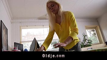 Cats and girls sex com - Young blonde babe fucks hers grandpa boyfriend