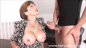 Big muscle lady handjob Lady sonia cumshots compilation
