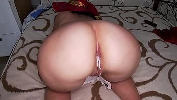 Saw bare ass stepmom and fucked her in anal