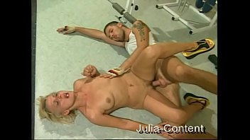 Fucked in a Fitness-Gym