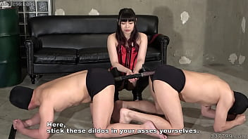 Japanese Femdom Strapon Pegging And Slave Ass To Ass Connected Anal Dildo
