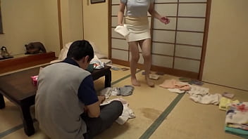 Tem-041-Kunshi Yuuko busy wife's cheats with  neighbor