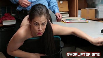 Shoplifting Teenager Bobbi Dylan Gets Fucked