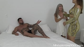 Mom Helps Virgin s. and calls Exclusive Escort to take his virginity - Mommy Teaches and Gives  instructions for every position