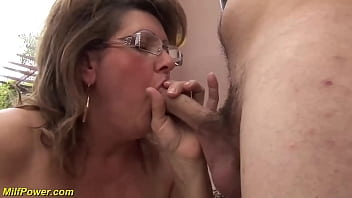 chubby mom fucked by stepson thumbnail
