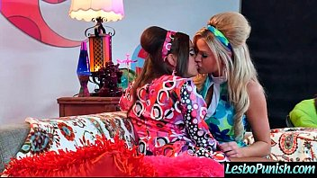 Lesbo Girls (abigail&amp_jessa) In Punished Sex Action movie-06