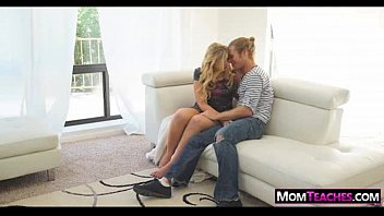 Stepmom Gives S ex Lessons 05