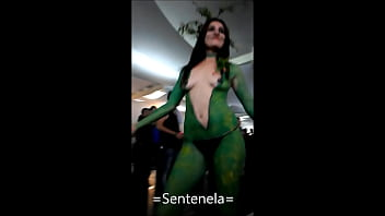 Paint latex - Edecan body paint