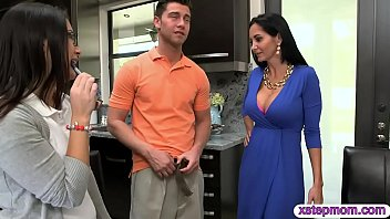 Ava Addams and Daisy Summers nasty threesome session