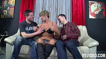 Short haired german milf gets double fucked 9 min