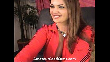 College coed spreads ass on webcam
