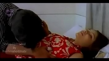 hot bhabi romance with devar trying to open her panty