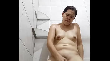 Doing her dildo for her daddy part 3