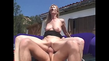 Milf Nicole Moore gets fucked missionary style in her shaven pussy