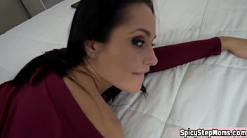 When you have a stepmother like the MILF pornstar Crystal Rush