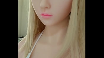Sex doll with blond hair and cute face - www.sexything.eu