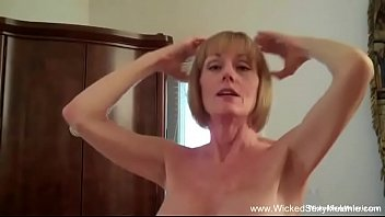 Wicked Sexy Mature GILF