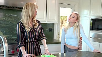 MOMMY'S GIRL - Angry And Independent Mommy Has Hot Stepdaughter - Riley Anne and Serene Siren 6 min