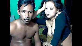 Beautiful Young Indian Girl Having Hot Sex With BF On cam (HD) thumbnail