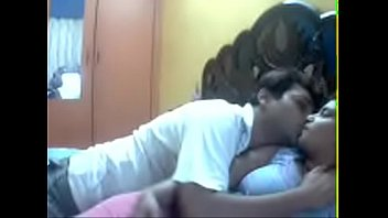 Horny Indian Cam couple doing sex on webcam - For live cam chat visit indiansxvideo.com