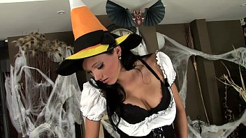 Adult halloween e-cards Brunette in fishnets and stilettos for halloween
