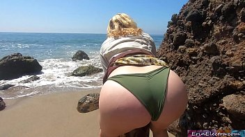 Fucking doggystyle on a public beach (POV) - Erin Electra