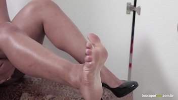 Ebony girl gives footjob and blowjob in the gloryhole!! Foot fetish Action! 11 min