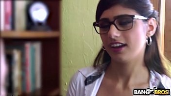 Mia Khalifa is Back and Hotter Than Ever! Check it out!