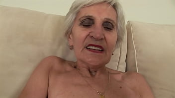 How can he fuck such an old granny ?