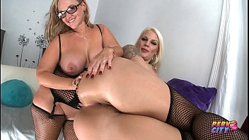 Mike Adriano has a threeway with two chubby sluts.