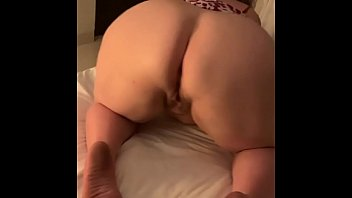 The Neighbor'_s Wife Invites Me To Fuck And Fucks Her