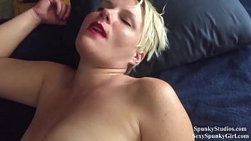 Fucking a Dreaming Blonde: She Wakes Up With a Dick in Her Pussy