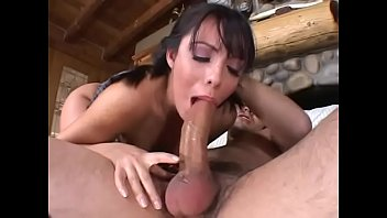 White dude nails sultry chick Lorena Sanchez in the mouth and box at the cabin