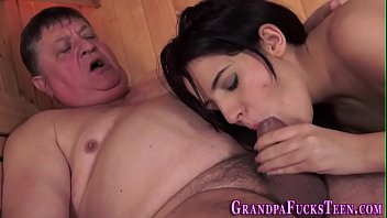 Teen blows old mans rod