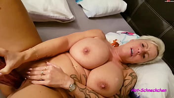 Mature milf playing with her pussy