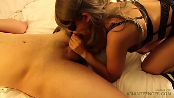 Sex on camera with a hot amateur Asian girl