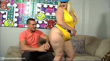 PAWG Mazzaratie Monica Serves Up Icees N Pussy 2 Muscle Stud