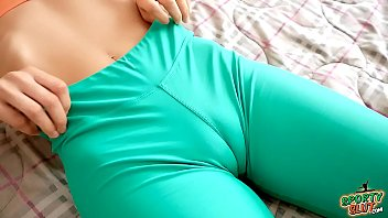 Most Incredible Cameltoe In Beatiful Brunette In Tight Leggings