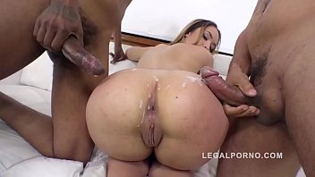 Gangland porn Briana bounce gangland style 3on1 interracial dp in that big butt