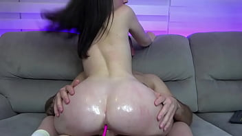 Girl sexy rides a dick and her beautiful big ass in oil she really loves to cum on this dick