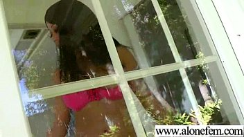 Cute Teen Amateur Playing With Dildos vid-26