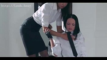 Lesb.Sexy #68 - Strapless Strap-On ( from http:\/\/lesb.sexy )