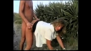 Cute fair-haired babe Bella Moore likes to  admire the landswell taking hard schloeng in her tight ass
