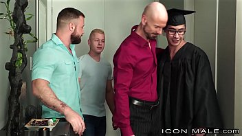 Iconmale My Fav Step Cousin Is So Proud I Graduated College