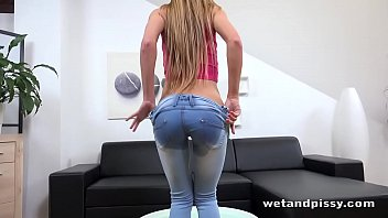 Her Crazy Squirting Pussy thumbnail