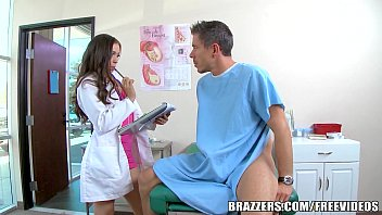Brazzers - Drity doctor Tiffany star loves big cock