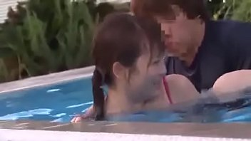 Japanese busty sex in public swimming pool