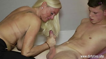My hot Mom fucked!