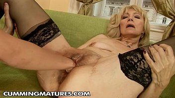 Hairy slut gallery - Mature fisting