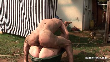 Skinny amateur brunette anal pounded n jizzed outdoor in a dirty french farm